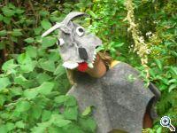 Kind mit Wolfskostüm